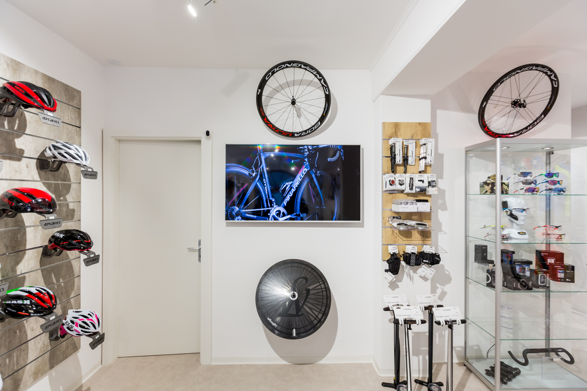 showroom geneva rochat cycles votre magasin de v lo aubonne gen ve. Black Bedroom Furniture Sets. Home Design Ideas